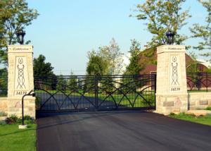slide gate in masonry columns for farm