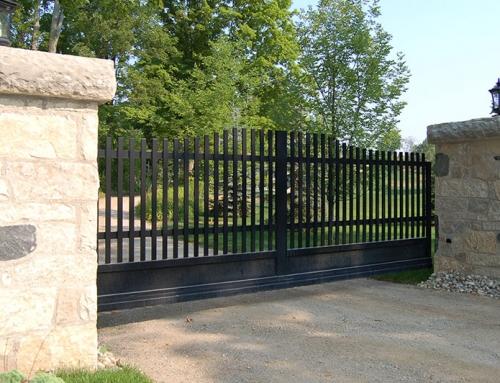 Caledon Slide Gate w/Masonry Columns