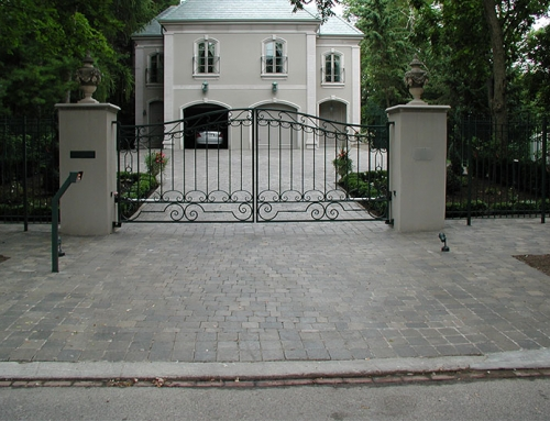 Rosedale Swing Gate w/Masonry Columns